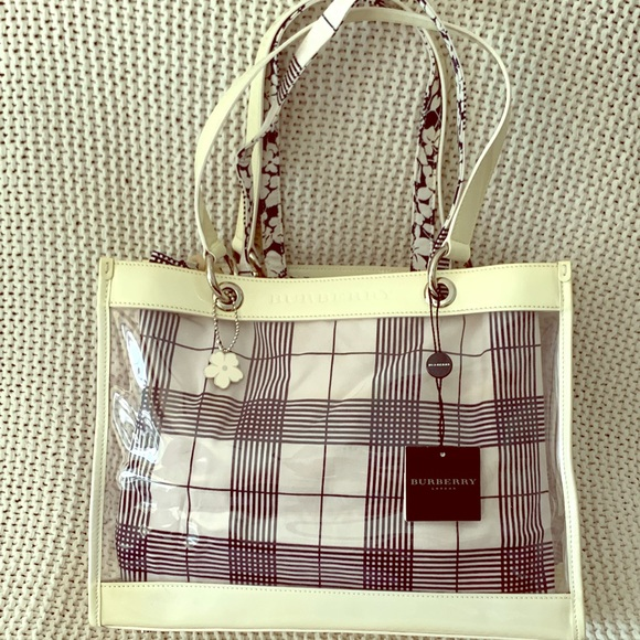 Burberry Handbags - Burberry Clear Tote with Detachable Cloth Tote